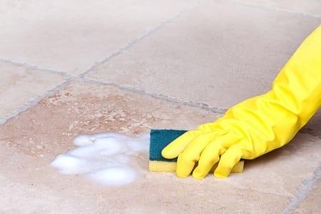 Cleaning your Bathroom Floors: Tiles and Cleaners